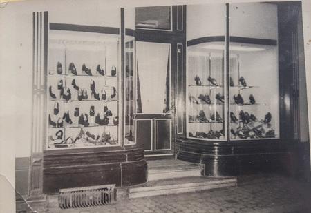 Jeanne Delaere ouvre son premier magasin à Renaix