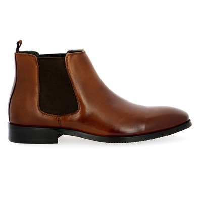 Boots Daniel Kenneth Brun