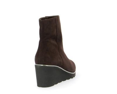 Brunate Boots