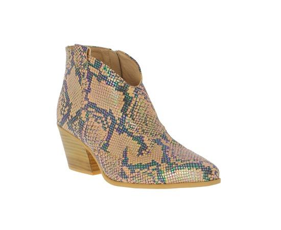 Boots Wonders Rose