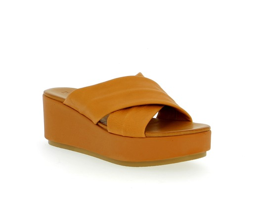 Muiltjes - slippers Inuovo Cognac