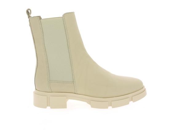 Boots Tango Milk
