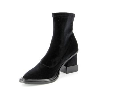Kat Maconie Boots