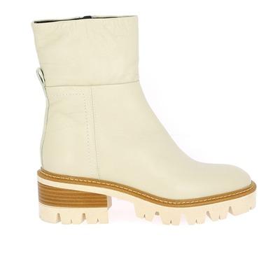Boots Gioia Milk