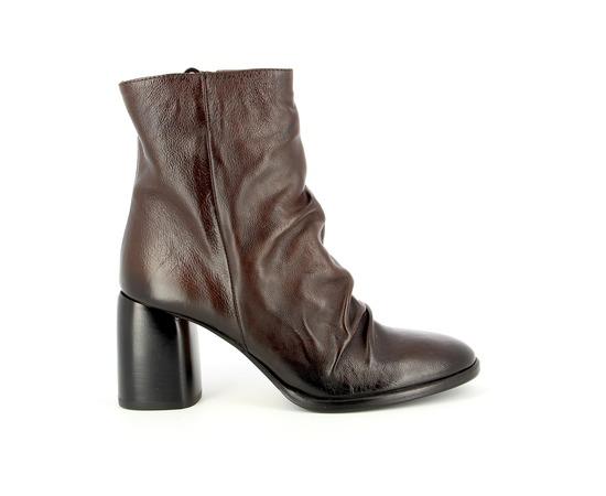 Boots Triver Flight Bruin