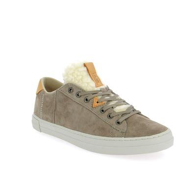 Sneakers Hub Grijs