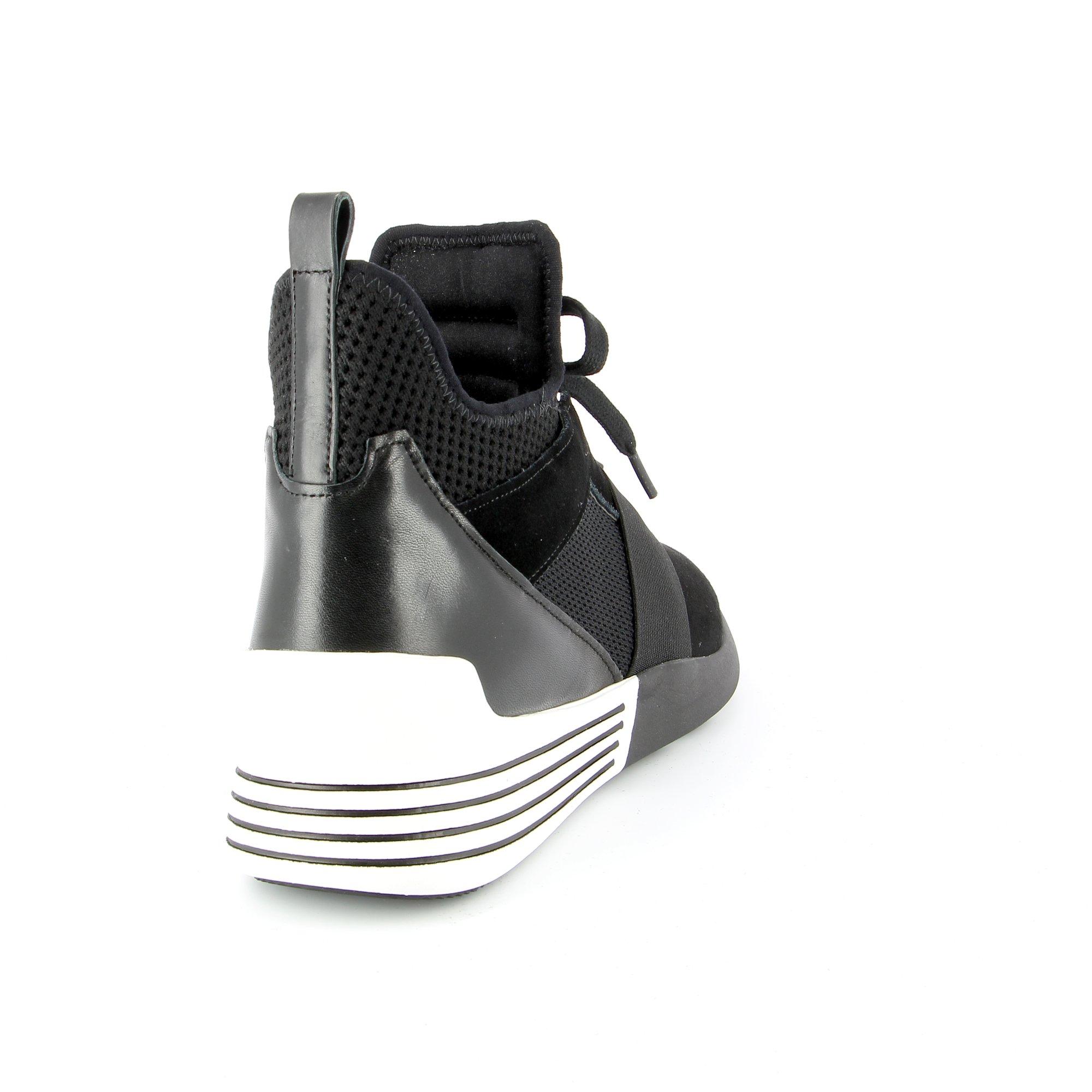 Kendal+kylie Bottinen zwart