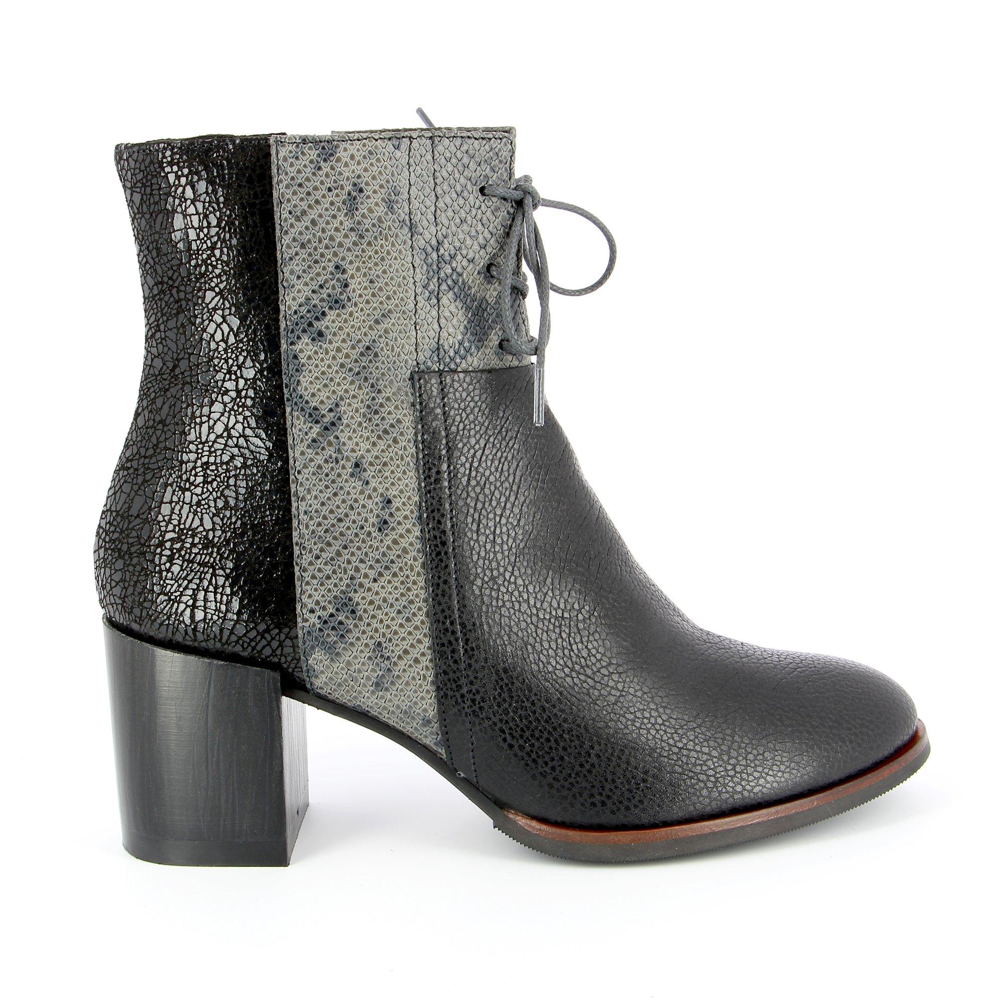 Softwaves Boots zwart