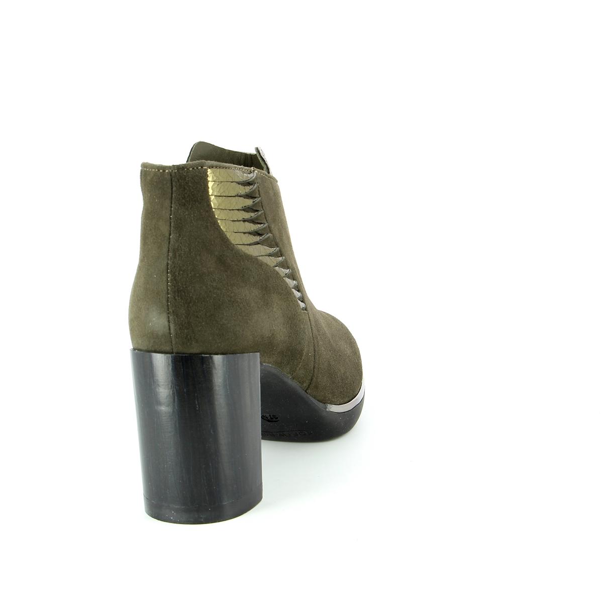 Softwaves Boots kaki