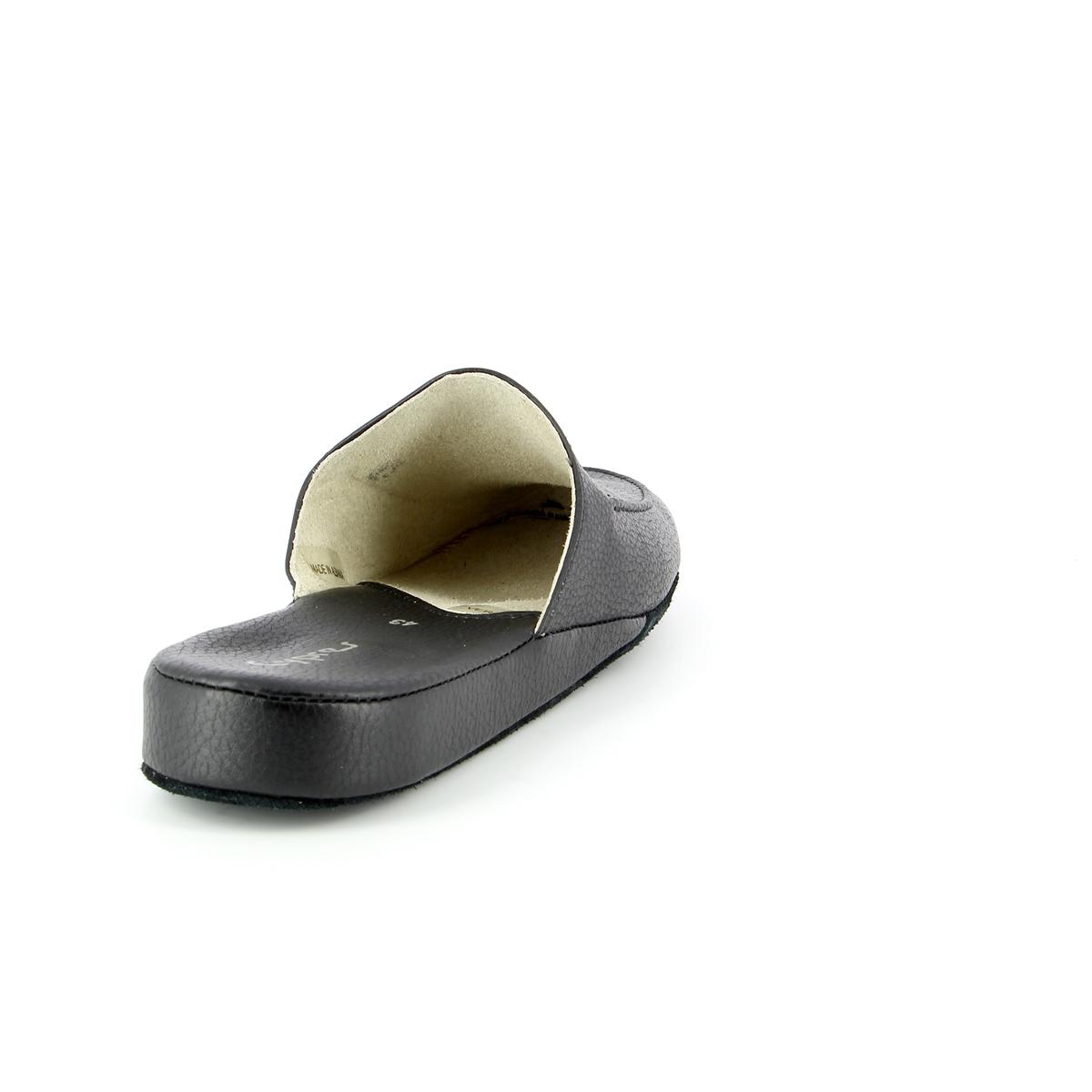 Cypres Pantoffels zwart