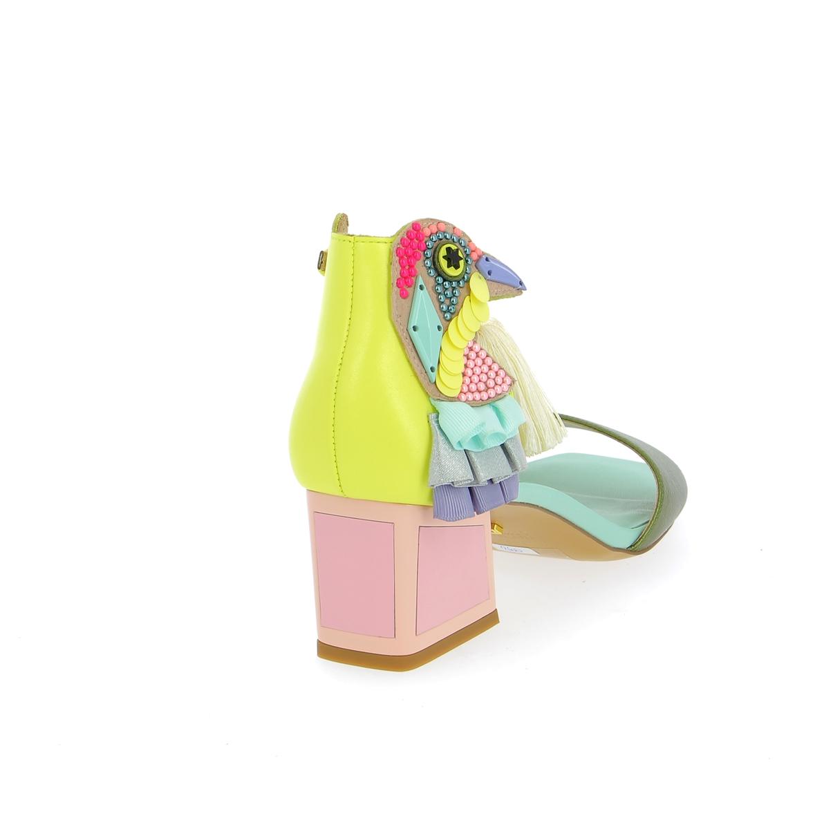 Kat Maconie Sandalen geel